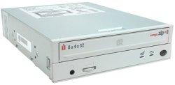 Iomega ZipCD 31025 8x4x32 Internal EIDE CDRW Drive