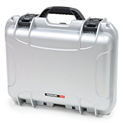Nanuk 920 Hard Case with Padded Divider (Silver)