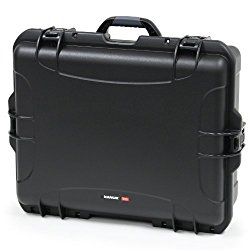 Nanuk 945 Hard Case with Padded Divider (Black)
