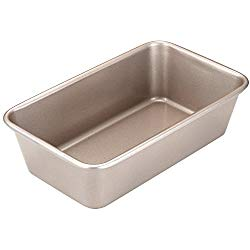 CHEFMADE 9-Inch Rectangular Loaf Pan, Non-stick Carbon Steel Cake Pan, FDA Approved for Oven Baking 9.6″ x 5.7″ x 2.6″ (Champagne Gold)